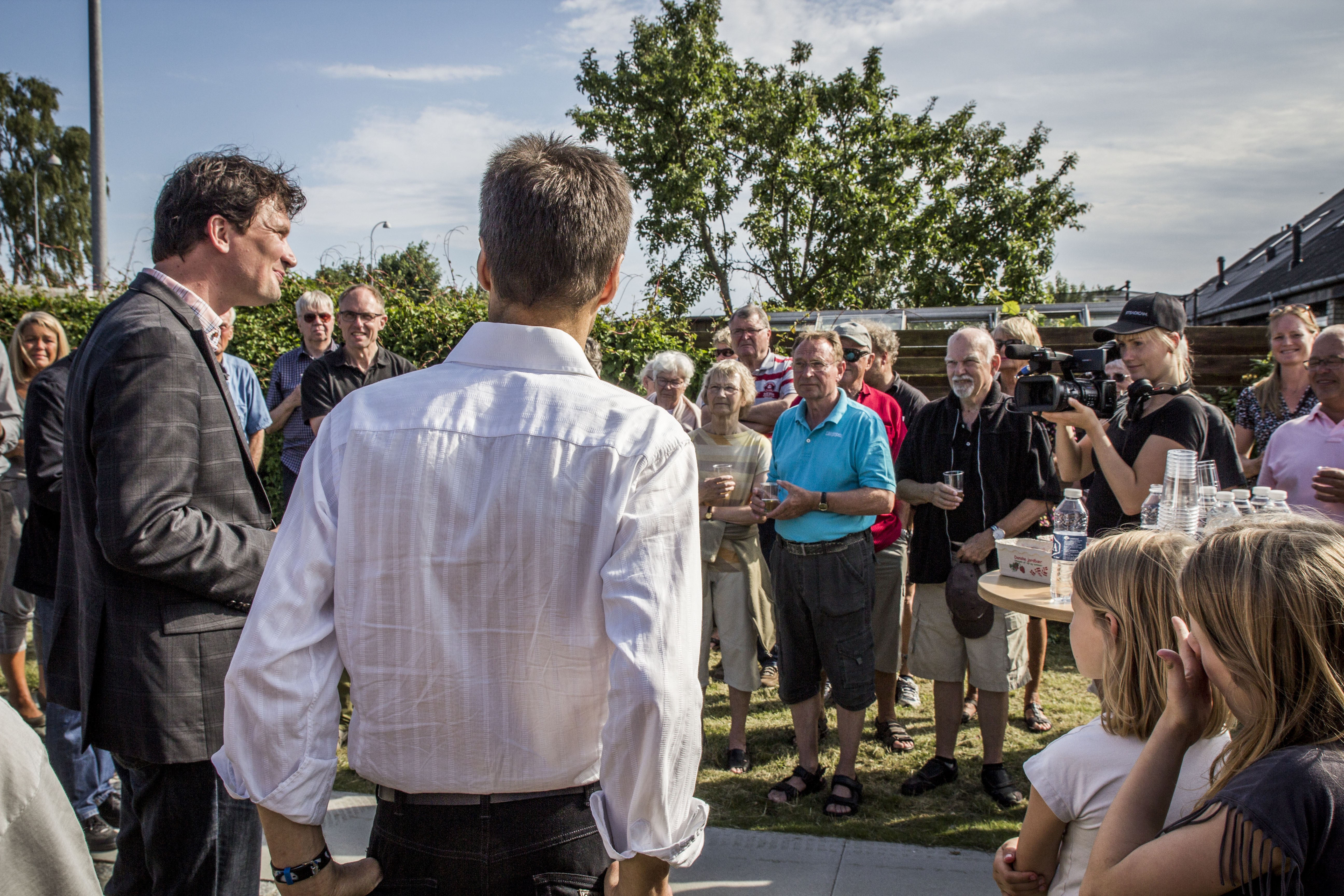 Borgmester Henrik Rasmussen holder tale til indvielsen