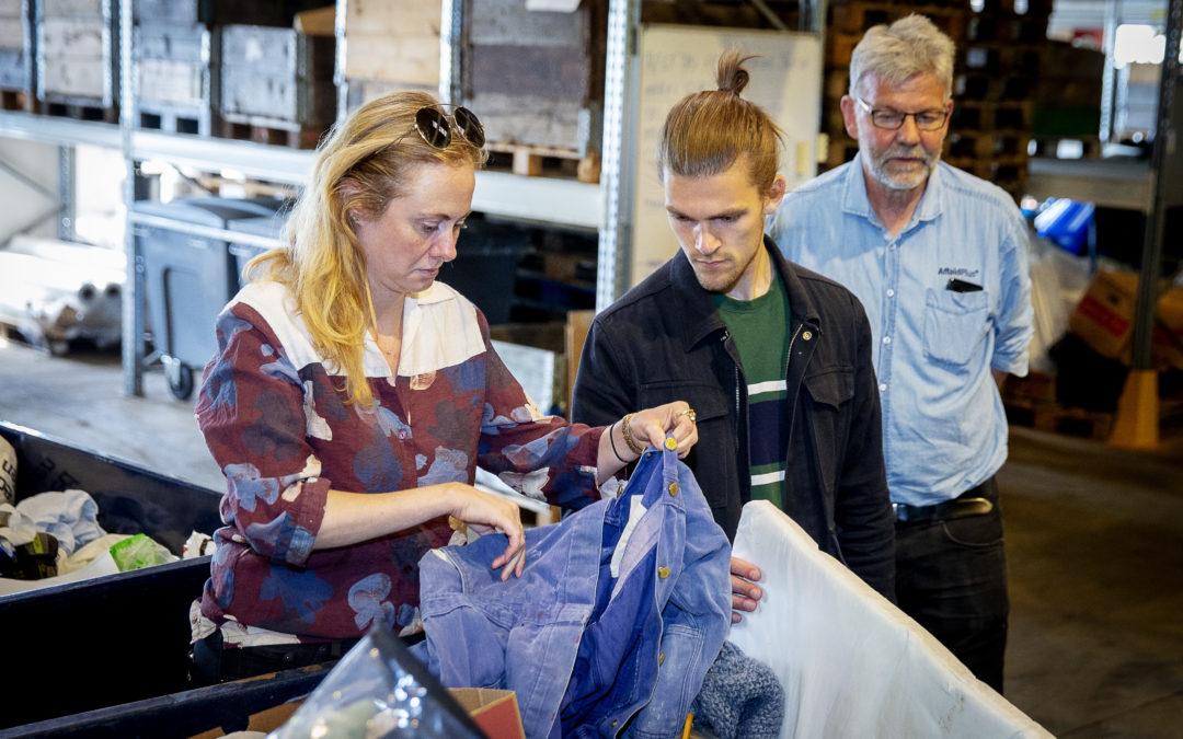 Kastade kläder blir till byggmaterial i ny pilottest