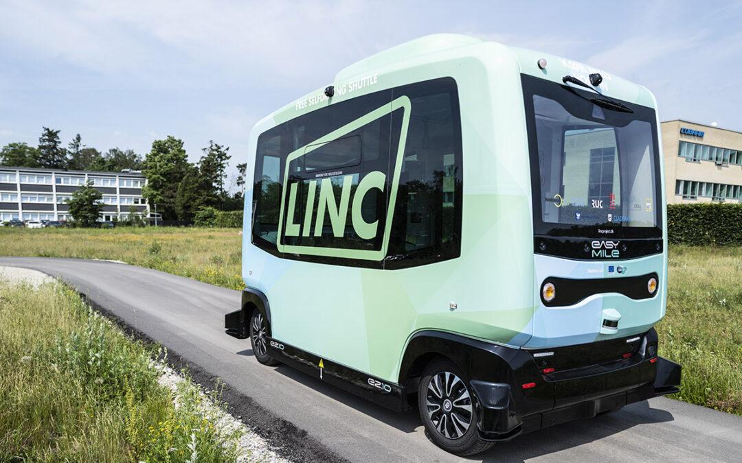 Første selvkørende Easymile-køretøj godkendt til testkørsel i Danmark